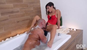 Dude performs pussylicking and acquires oral job